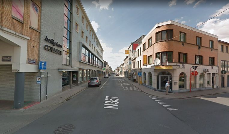 De Stationsstraat, vanaf de Marcel Windelsstraat, is vandaag dinsdag dicht.