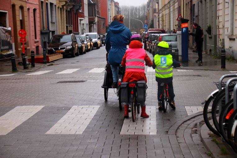 Het fietsertje werd onlangs met mama en zus gespot in de Eendrachtstraat.