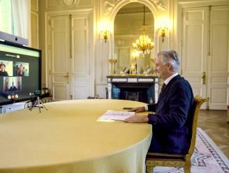 """Jara (20) uit Lier mag videochatten met koning Filip voor Rode Neuzen Dag: """"Ik heb hem durven vragen of hij het soms zelf ook lastig heeft"""""""