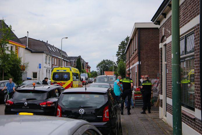 Het slachtoffer werd met onbekende verwondingen overgebracht naar het ziekenhuis.