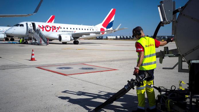Een toestel van Hop! op een vliegveld in Parijs (Beeld ter illustratie)