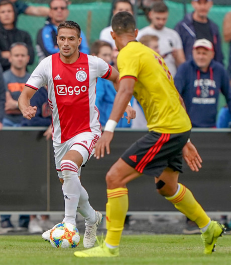Ajax verslaat Watford door late goal Timber