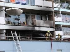 Balkonbrand slaat woning in aan Van Leeuwenhoeklaan in Zoetermeer