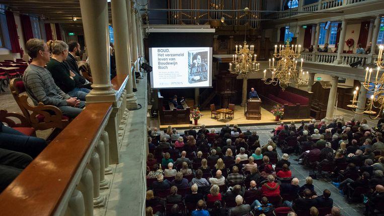 De boekpresentatie in de Lutherse Kerk. Beeld Mats van Solingen
