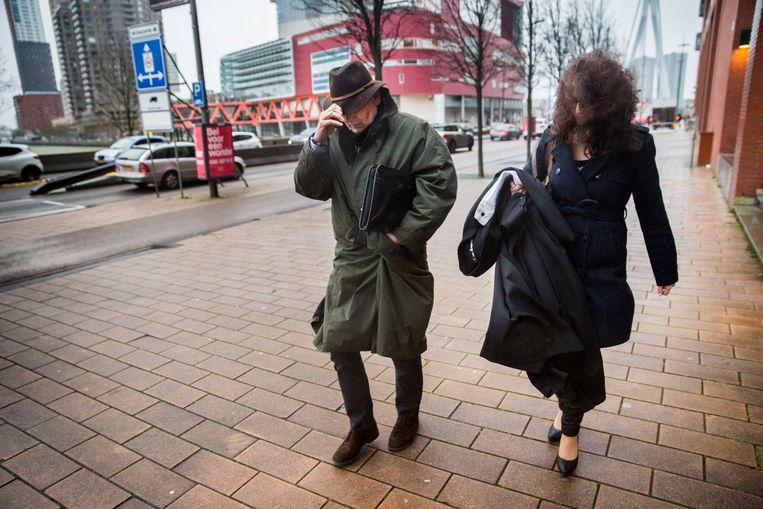 Erik Staal verlaat de rechtbank met zijn advocaat.   Beeld Arie Kievit