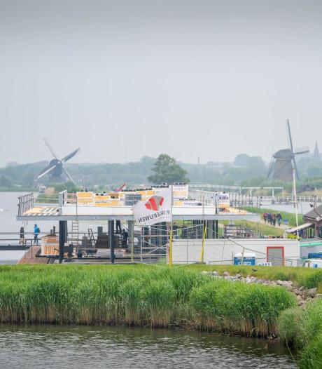Het bezoekerscentrum bij de molens in Kinderdijk krijgt vorm