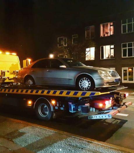 Drontenaar (25) rijgt tijdens dollemansrit boetes aaneen en raakt uiteindelijk ook nog auto kwijt