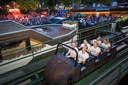 De allerlaatste meters die de Bobslee maakte met zes medewerkers van de attractie.