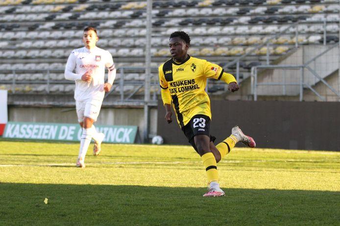 Maxime Limbombe in actie tijdens de eerdere oefenmatch tegen Anderlecht.