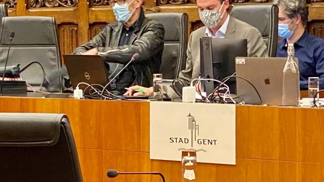 Welke politieke crisis? Gentse politici houden gezichten netjes in de plooi tijdens de gemeenteraad