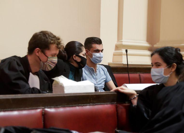 De ouders van Mawda tijdens de finale zitting van het proces rond de dood van hun dochter. Beeld EPA