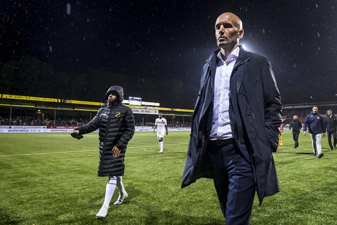 Teleurstelling bij Mitchell van der Gaag na de nederlaag bij VVV.