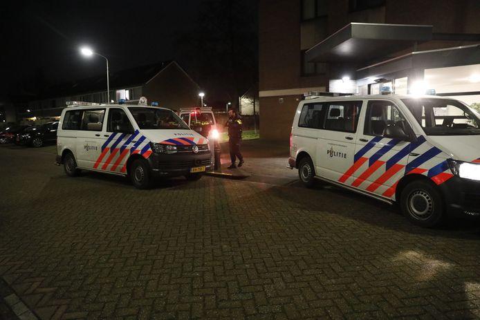 Politie en ME in Roosendaal