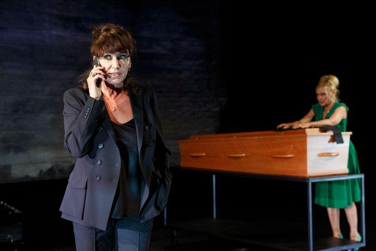 Renée Fokker als Astrid  Holleeder. Beeld Bob Bronshoff