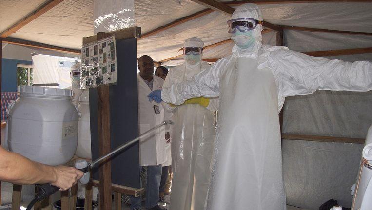 Ebola-artsen in Bamako. Beeld epa