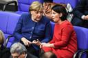 Angela Merkel en Annalena Baerbock.