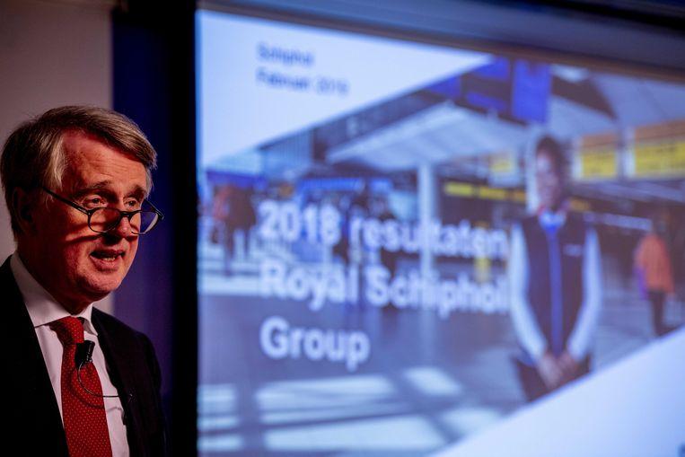 Dick Benschop, CEO & president-directeur van Royal Schiphol Group, tijdens de bekendmaking van de jaarresultaten van 2018.  Beeld ANP
