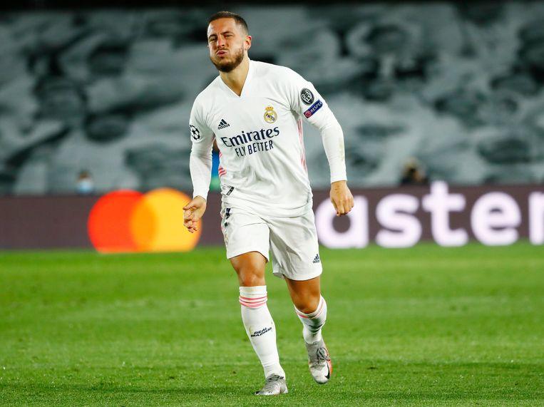 Eden Hazard hinkt van het veld. Sinds zijn transfer naar Real Madrid in 2019 sukkelt hij van de ene blessure in de andere. Beeld REUTERS