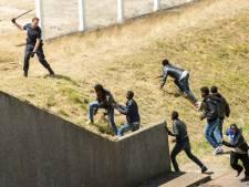 Migranten in Calais zorgen voor strop transportsector