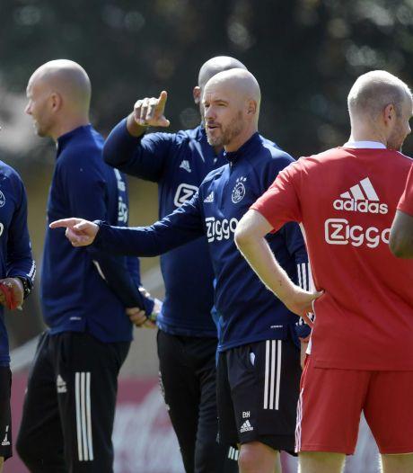 Ajax-coach Ten Hag heeft rappe spits nog bovenaan wensenlijstje staan