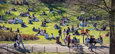Politie: meteen bekeuring voor corona-overtreders in Kronenburgerpark