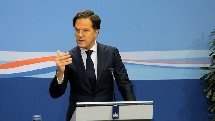 """Prfemier Mark Rutte: ,,Er is licht aan het einde van de tunnel."""""""