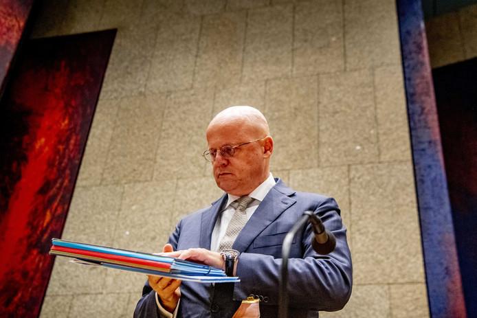 Minister Grapperhaus tijdens een debat in de Tweede Kamer.