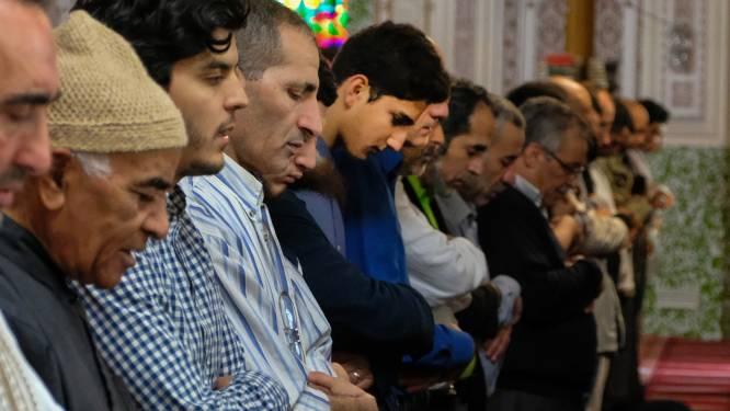 Patrick Dewael geeft imam en voorzitter Grote Moskee aan voor meineed