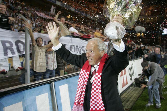 Harry van Raaij neemt afscheid van PSV in 2004.