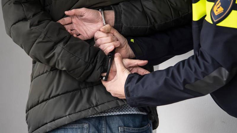 Een verdachte aangehouden na beroving en mishandeling in Eindhoven.