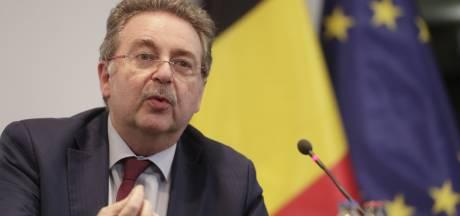 """Un """"coronapass belge"""" basé sur le modèle danois? Rudi Vervoort y est favorable"""