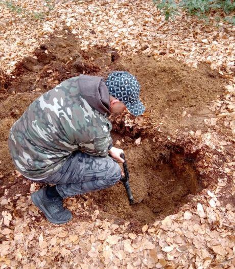 Metaalzoeker Pascal (42) vond de Epser brandbom op illegale wijze: 'Het was wel spectaculair'