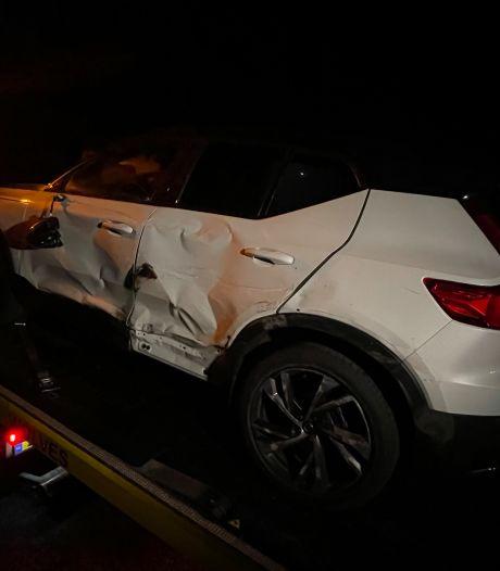 Auto en vrachtwagen botsen op A1 bij Rijssen, verkeer moet rekening houden met vertraging