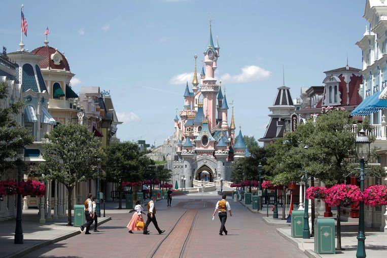 Ook Disneyland Parijs gaat weer open binnenkort. Beeld REUTERS