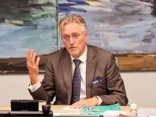 Nieuwsoverzicht | Burgemeester na ophef alleen nog in noodgevallen over busbaan - Dierenambulances kunnen drukte amper aan