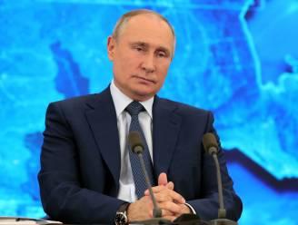 """Poetin ontkent opnieuw iets te maken te hebben met vergiftiging criticus Navalny: """"Wij zouden klus afgemaakt hebben"""""""