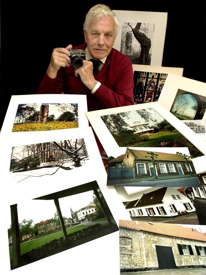 Cor Huijben met zijn Leica en enkele foto's uit zijn archief.