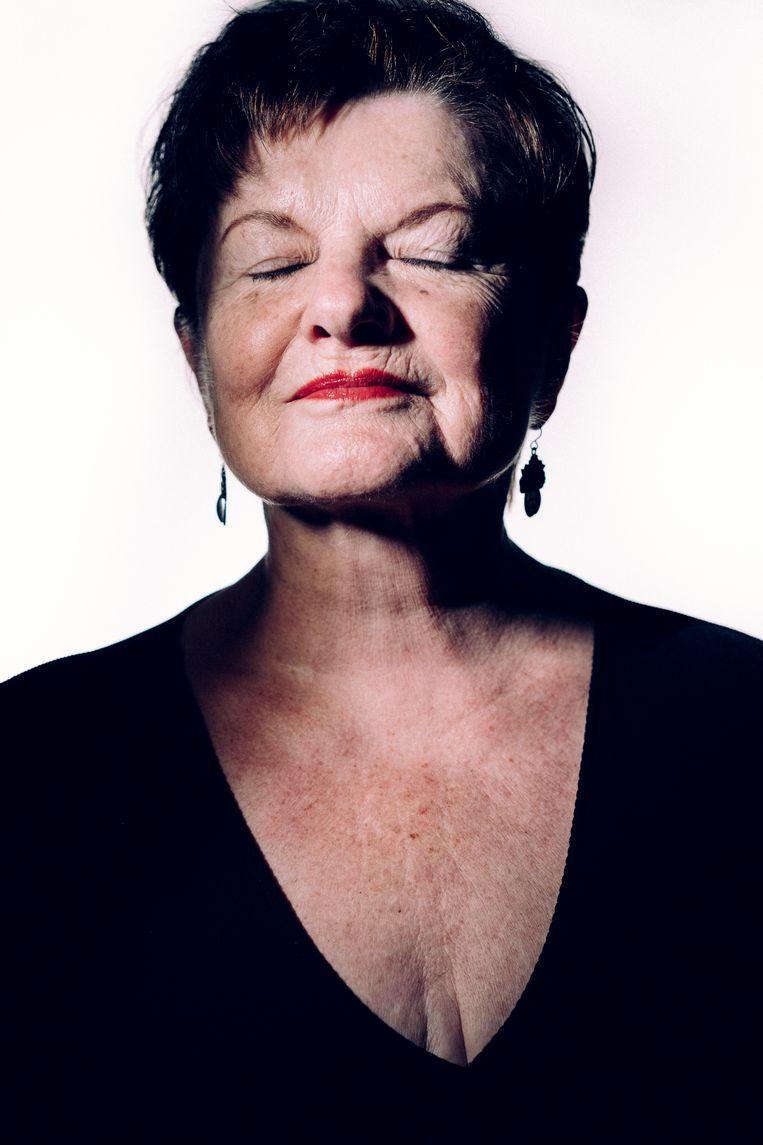 Janine Bischops. 'Als ik een zwangere vrouw zie, denk ik aan vrijen.Zo mooi.' Beeld © Stefaan Temmerman