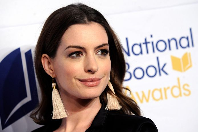 Anne Hathaway attends the 68th National Book Awards at Cipriani Wall Street on November 15, 2017 in New York City.  Anne Hathaway