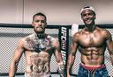 Trots op hun torso: Ronaldo poseert met het Ierse UFC-icoon Conor McGregor.