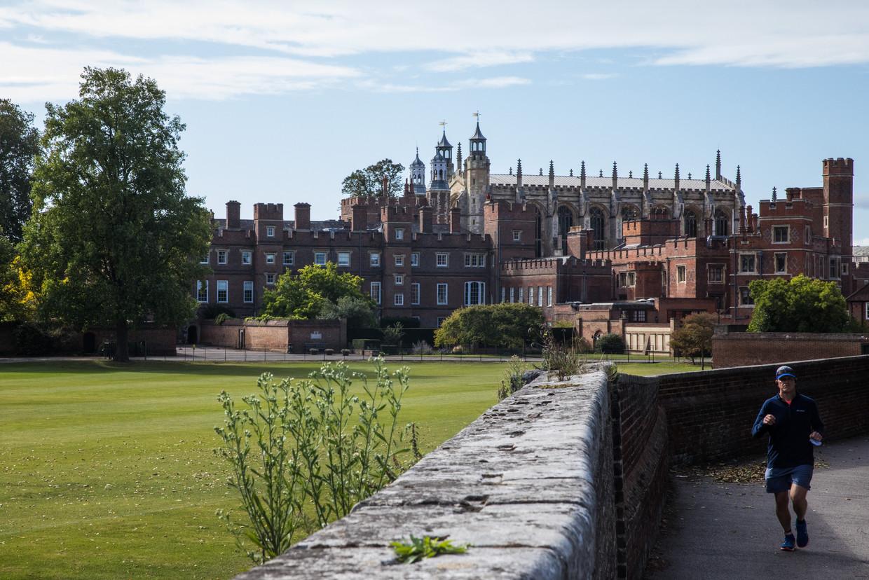 Eton College, de elitaire kostschool waar onder anderen David Cameron en Boris Johnson op zaten. Beeld Getty Images