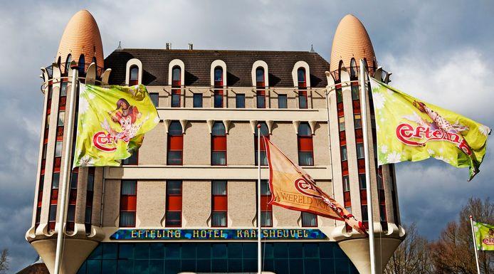 Het Efteling Hotel in Kaatsheuvel wordt gerenoveerd. Een deel van het meubilair gaat naar de Spullenbank.
