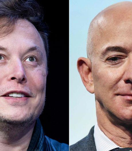 Elon Musk et Jeff Bezos se disputent l'espace et le ton monte