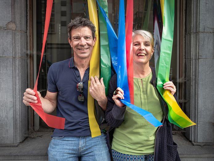 """Mathieu Stuyven en Kathleen Catteeuw, de ouders van de Leuvense wielerheld Jasper Stuyven: """"Geen 'klakken' of spandoeken voor ons. Wij zijn in de eerste plaats Jaspers ouders, niet zijn fans."""""""