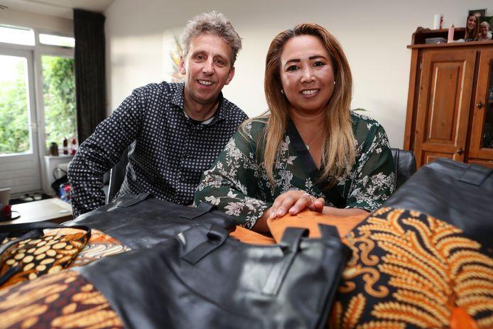 Francis van der Grijn (50) en Resmi van der Grijn (44) van balibatiks.nl.