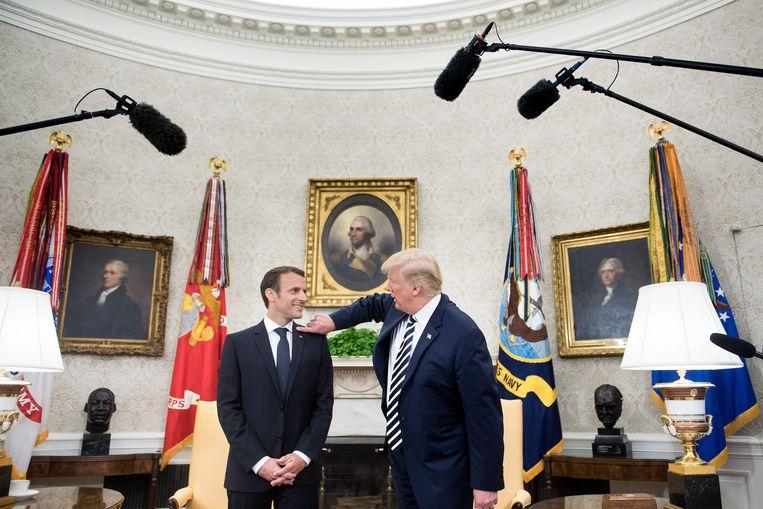 De Franse president Emmanuel Macron en President Donald Trump in het Witte Huis op 24 april 2018. Beeld AFP