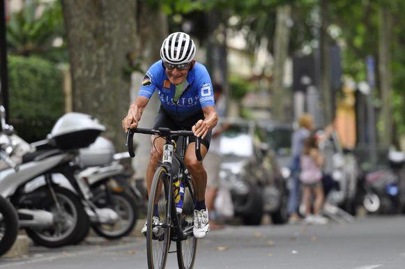 Eric Vandendriessche won Milaan-Sanremo voor wielertoeristen in zijn leeftijdscategorie en werd 12de in de totaalstand.