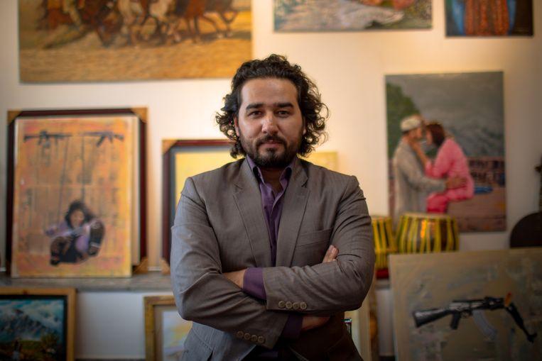 Omaid Sharifi: 'In het begin volgden we de stijl van Banksy en hoewel ons werk aan hem doet denken, hebben we onze eigen techniek gevonden.' Beeld Yan Boechat