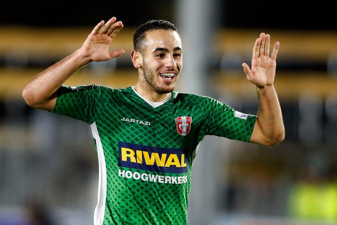 Dordrecht-speler Oussama Zamouri pakte vanavond weer een doelpuntje mee.
