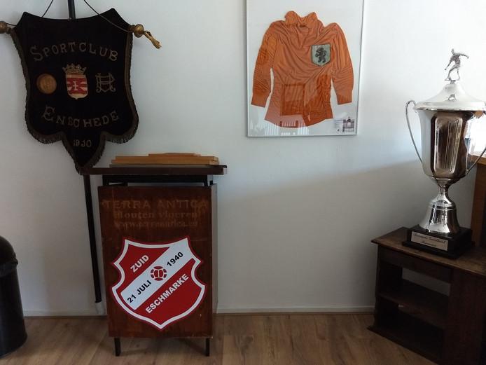 Ook in de bestuurskamer van SC Enschede is Zuid Eschmarke nu duidelijk zichtbaar.